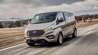 Ford Tourneo Custom již za 8 786 Kč měsíčně | Ford Tourneo Custom již za 8 786 Kč měsíčně