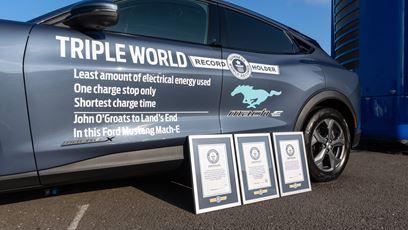 3 světové rekordy | Tři světové rekordy