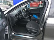 Ford Focus Titanium,  5dveřová, 1.0EcoBoost 92kW/125k, 6st.manuální